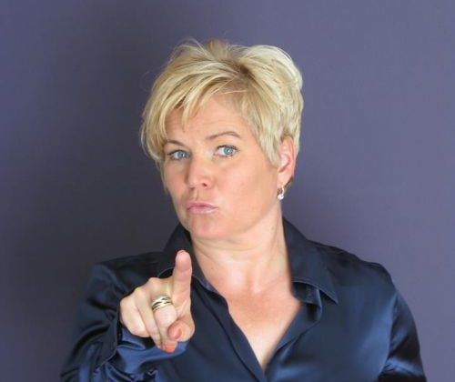 Katja Schleicher, KeyNote, KeyNote Speaker, Speaking, Communication, Intercultural Communication, Gender Communication, Leadership Communication, Storytelling, Narrative Leadership, Storywork, Story, Training, Coaching